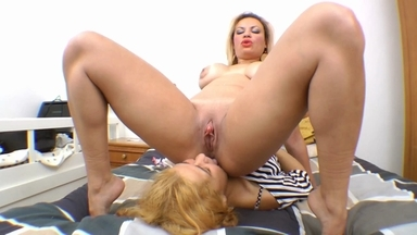 Pussy Lick And Little Dick Suck By Kelly Dias And Slave Isabela