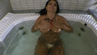Control Air Water By Big Tits Milf Babe Liliane