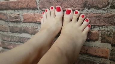 Devouring My Beautiful Feet By Top Girl Manuela Riva