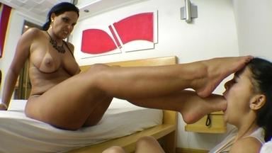 FOOT FETISH / Deep Feet Perfect Soles By Liliane Prado