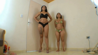 FACE SITTING / Face Sitting Fuck Face Giant Butt By Nanda Lopes And Slave Vivi