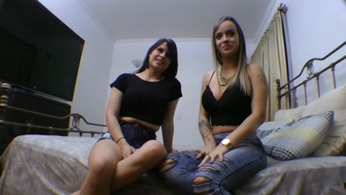 KISSING / Hot Kisses Top Girls By Andressa Carvalho And Demy Pretty