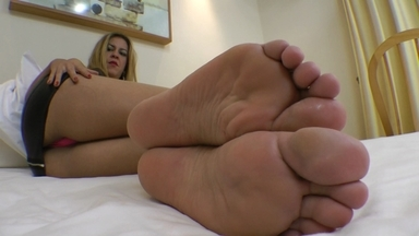 FOOT FETISH / Deep Feet Brutal Sound By Gisele Ferarri