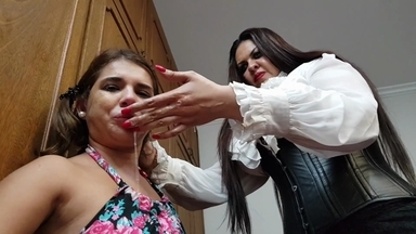 Deep Hands Giant Internation By Amazon Cintia And Slave Kiki