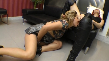 Lick My Ass To Orgasm By Vivian Schimit And Slave Patricininha
