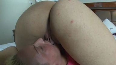 LESBIAN / Lesbian Domination Pussy Lick To Orgasm By Patricia Belucci And Slave Michelinha