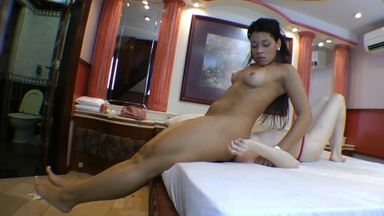 Face Sitting Fuck Face By Enormous Butt India Mulan And Slave Samy