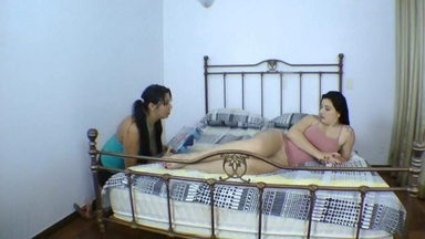 FACE SITTING / Face Sitting Fuck Face By Monica Lima And Slave Sara