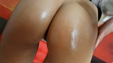 Face Sitting And With Tongue Fuck By Top Model Patricia Campos And Slave Nicole