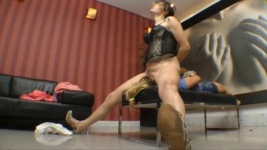 Facesitting Fuck Face Real Fear By Lilian Gotti And Slave Graziela
