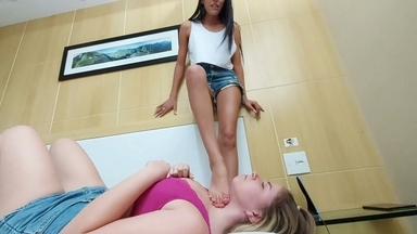 Strangle Feet Young Top Models