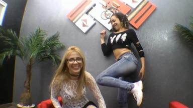 Hot Kisses By Jennifer Avila And Daniela Block