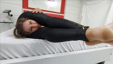 Scissor Black Gummi Leggins- Strong Legs And Epic Sexy Feets By Kiara